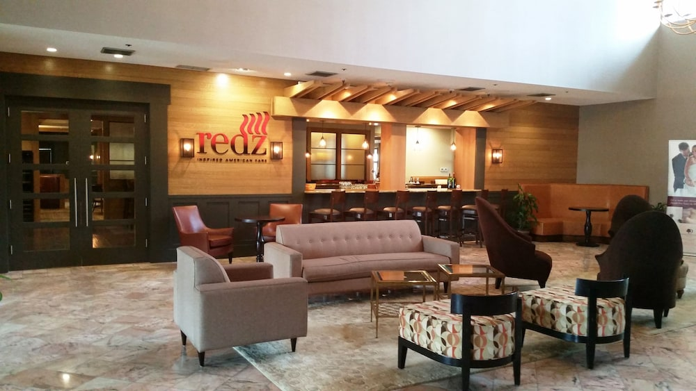 Lobby Sitting Area, DoubleTree Suites by Hilton Hotel Mt. Laurel