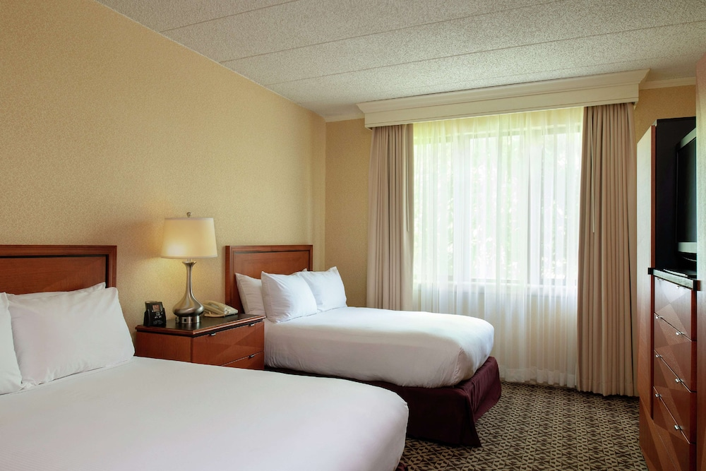 Room Amenity, DoubleTree Suites by Hilton Hotel Mt. Laurel