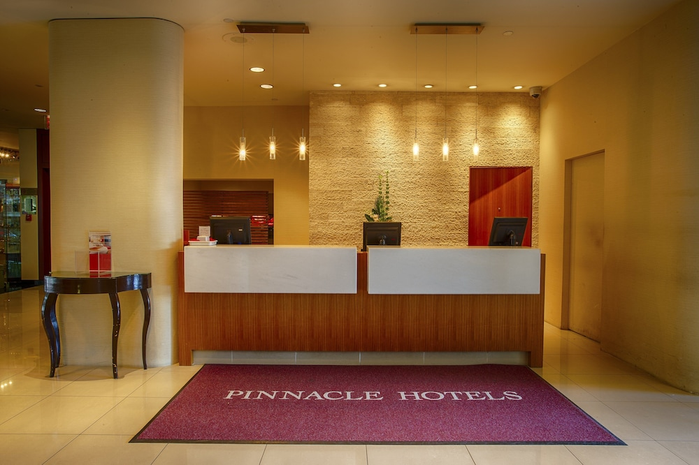 Lobby, Pinnacle Hotel Harbourfront