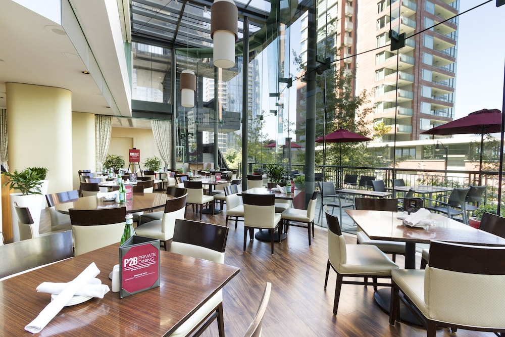 Restaurant, Pinnacle Hotel Harbourfront