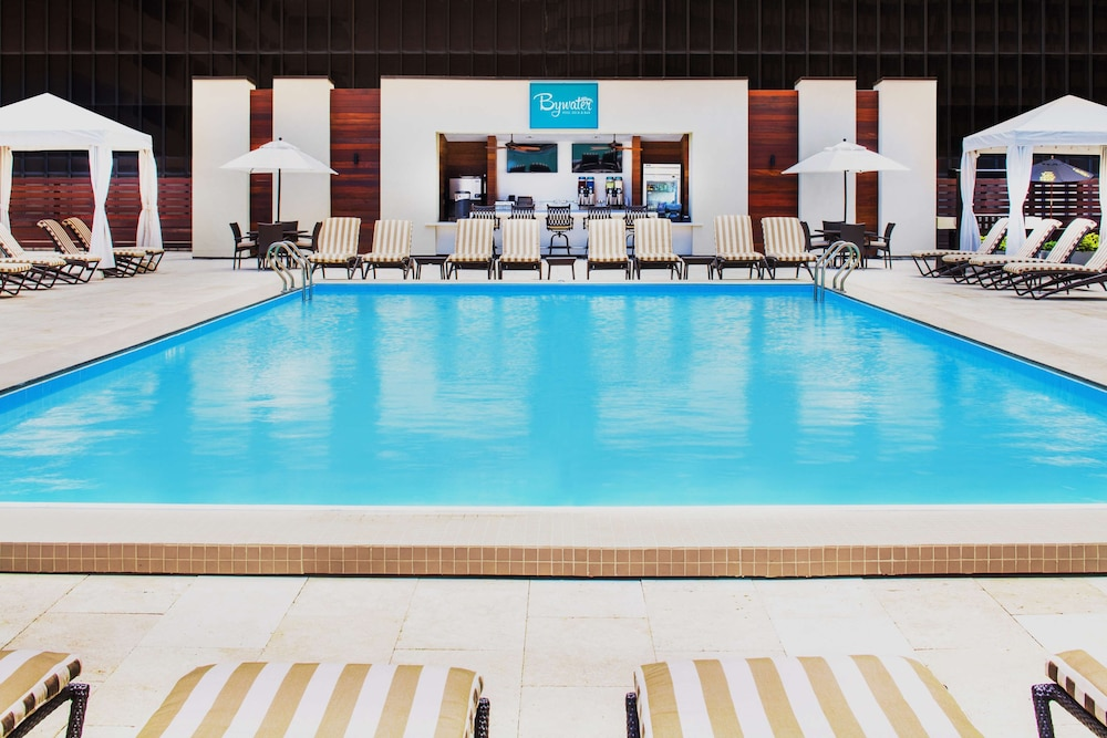 Pool, Hyatt Regency New Orleans