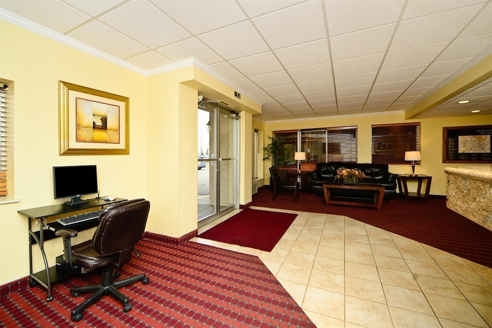 Business Center, Americas Best Value Inn & Suites St. Cloud