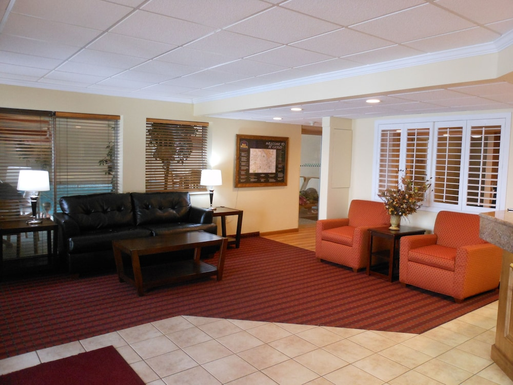 Lobby Sitting Area, Americas Best Value Inn & Suites St. Cloud