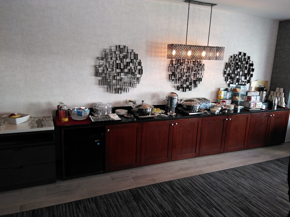 Breakfast buffet, Chicago Marriott at Medical District/UIC