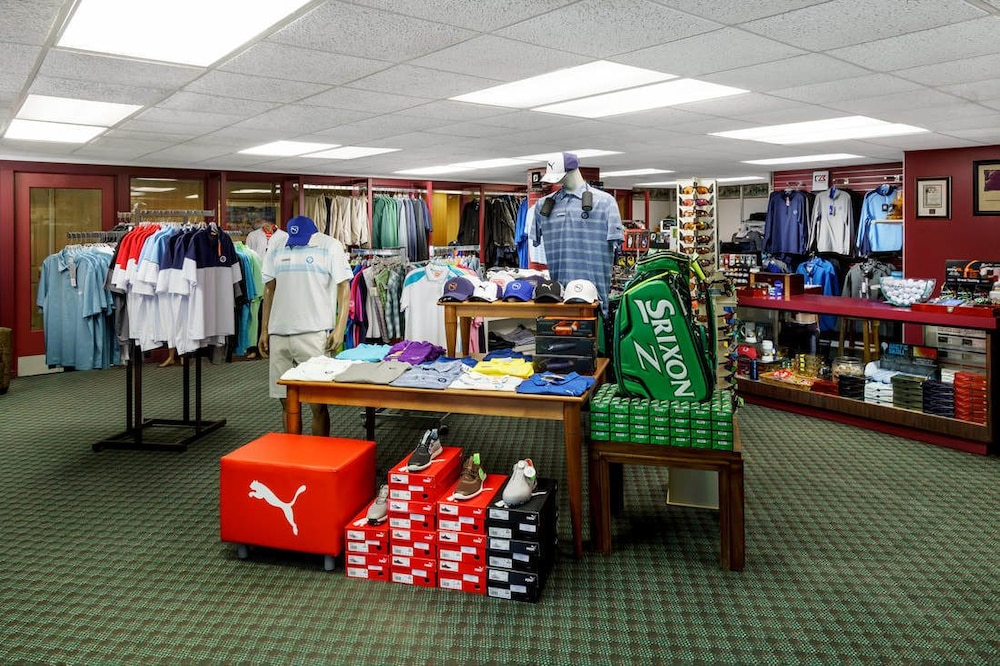 Pro Shop, Lakeview Golf Resort, Trademark Collection by Wyndham