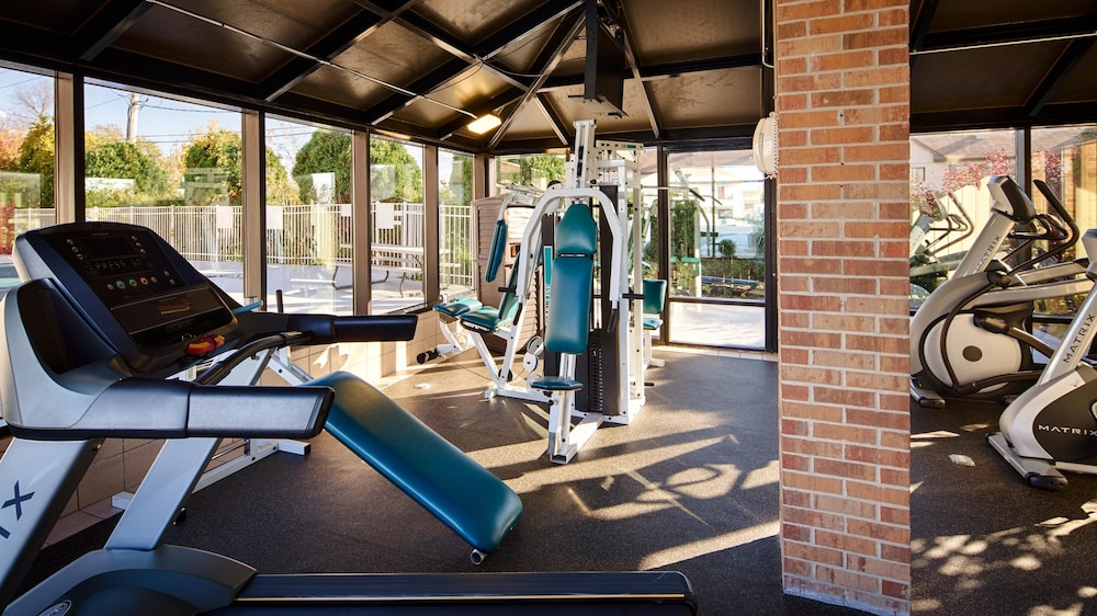 Fitness Facility, Best Western Inn of St. Charles