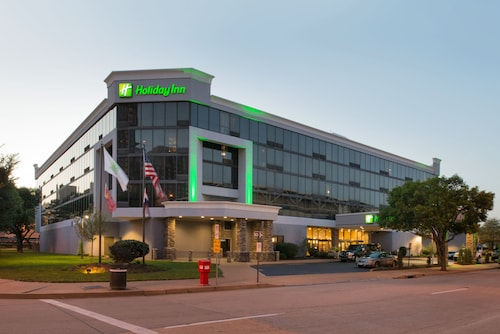 Great Place to stay Holiday Inn St. Louis - Downtown Conv Ctr near St. Louis