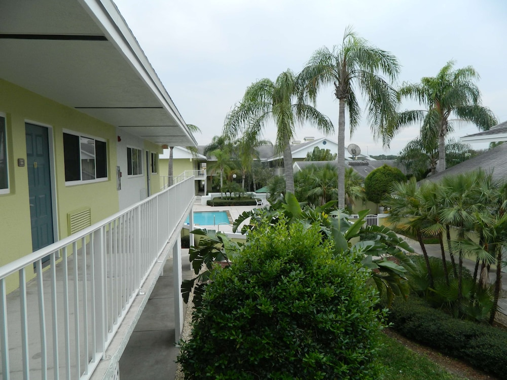 Pool, Best Western Port St. Lucie