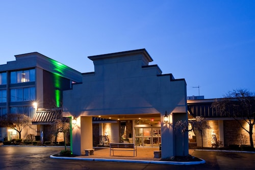 Great Place to stay Holiday Inn Cleveland-Mayfield near Mayfield