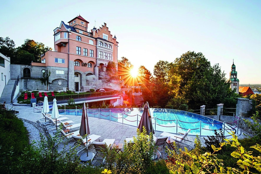 Featured Image, Schloss Mönchstein Hotel