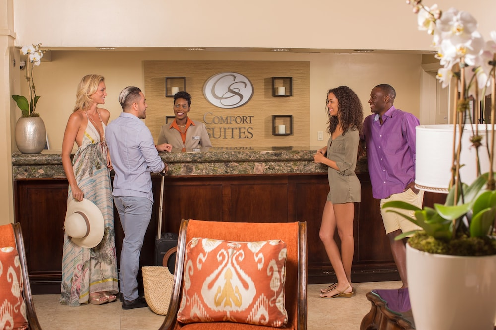 Check-in/Check-out Kiosk, Comfort Suites Paradise Island