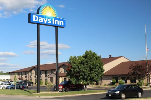 Days Inn by Wyndham Black River Falls