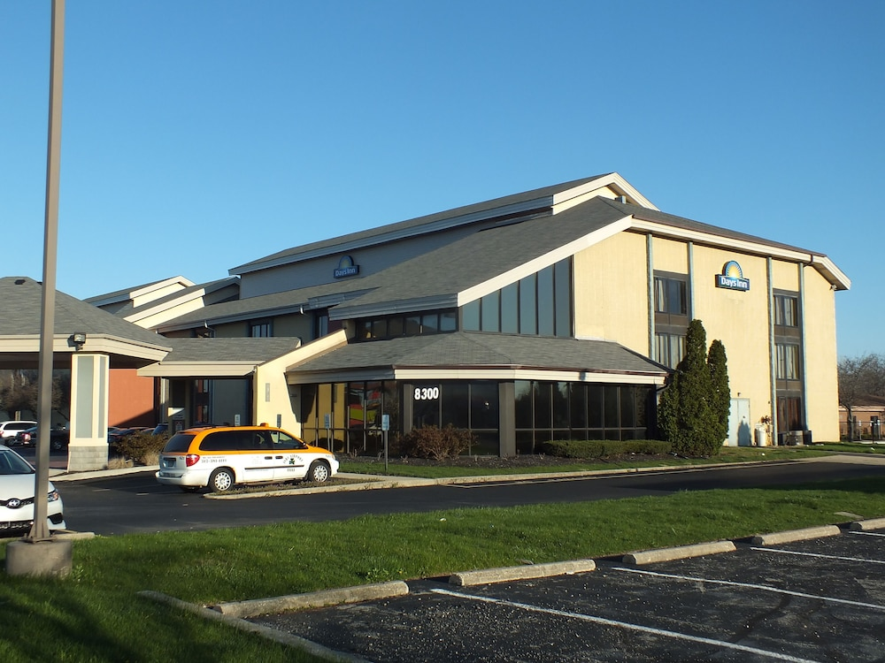 Days Inn By Wyndham Indianapolis Off I-69  Indianapolis