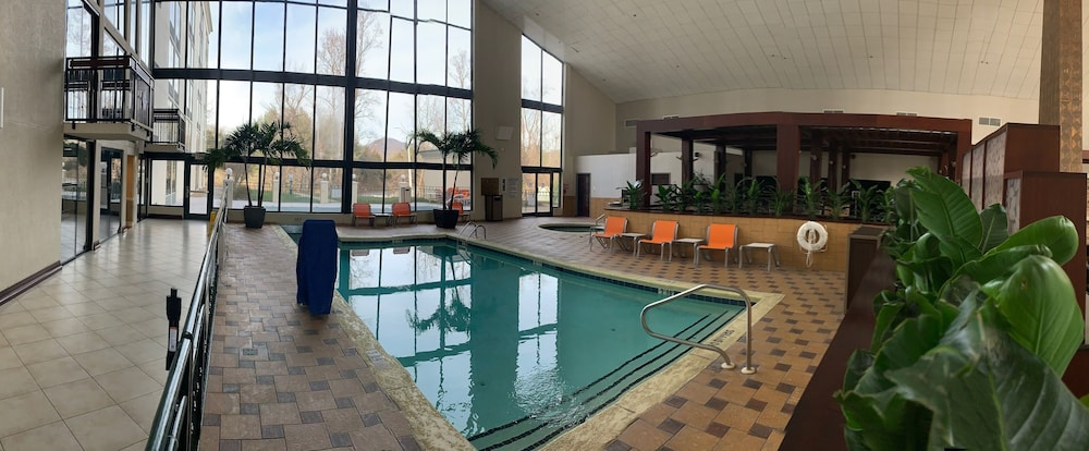 Indoor Pool, Holiday Inn Asheville Biltmore