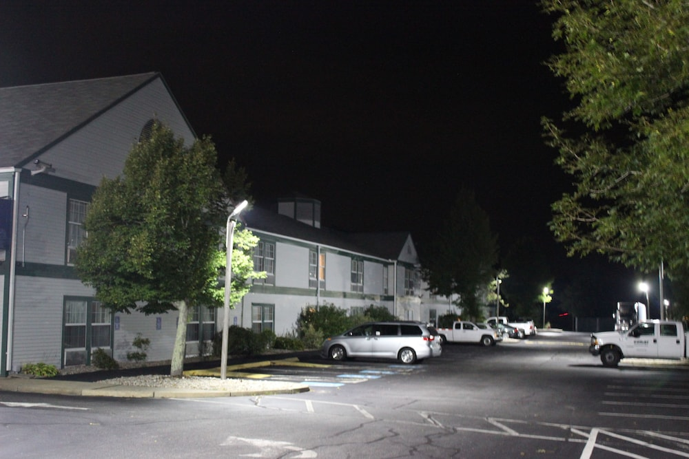 Front of Property - Evening/Night, Baymont by Wyndham North Dartmouth