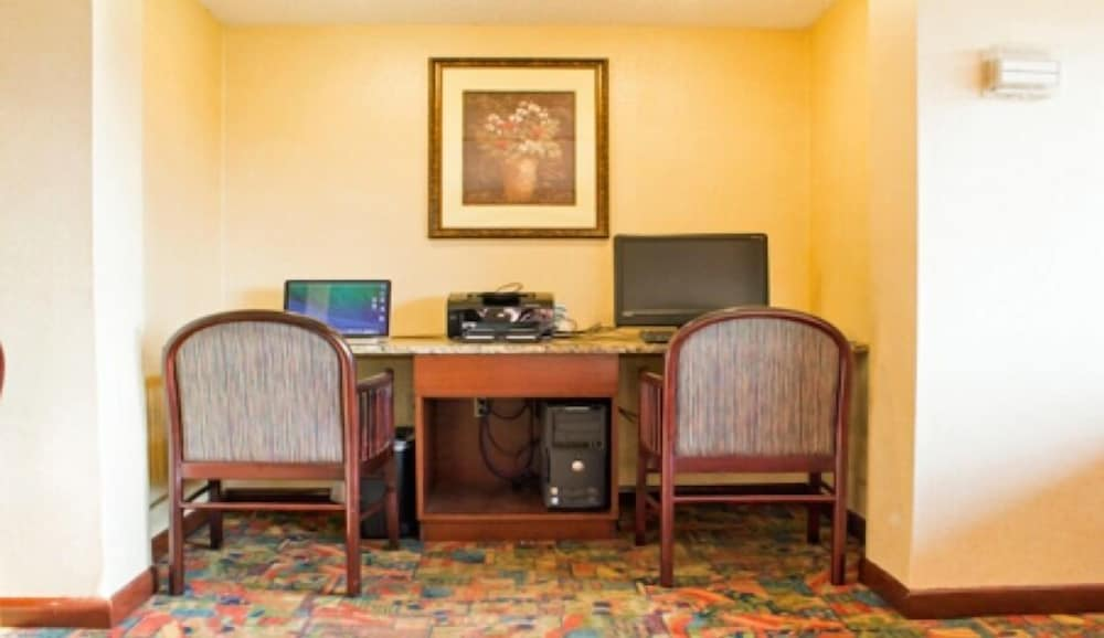 Business Center, The View Inn & Suites