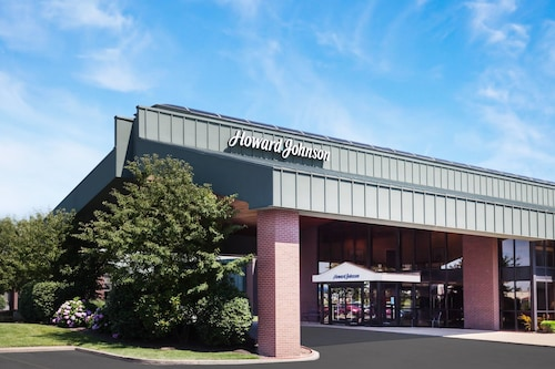 Howard Johnson by Wyndham Evansville East