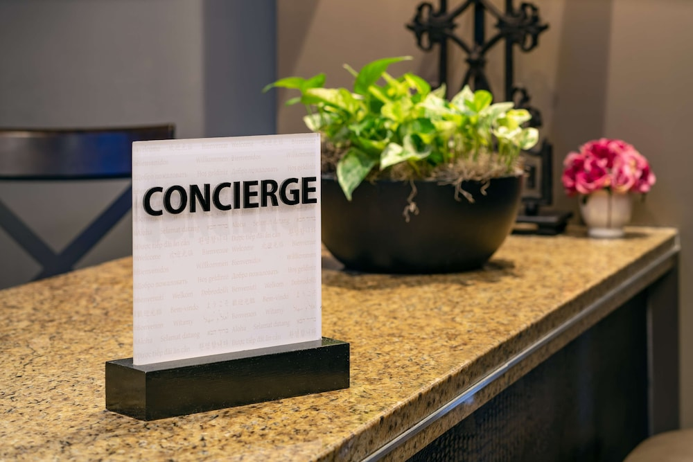 Concierge Desk, Embassy Suites by Hilton New Orleans