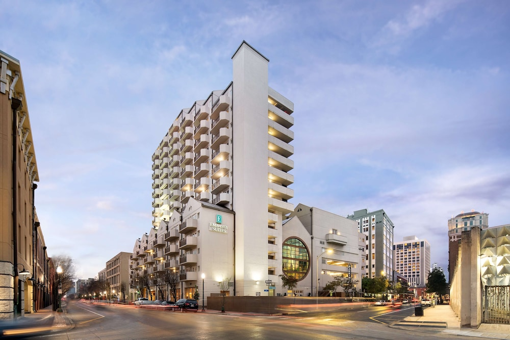 Exterior, Embassy Suites by Hilton New Orleans