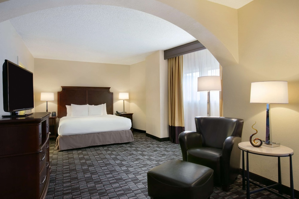 Room, Embassy Suites by Hilton New Orleans