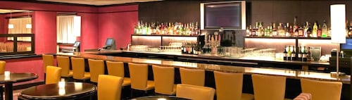 Bar, Four Points by Sheraton Wakefield Boston Htl&Conference Cntr