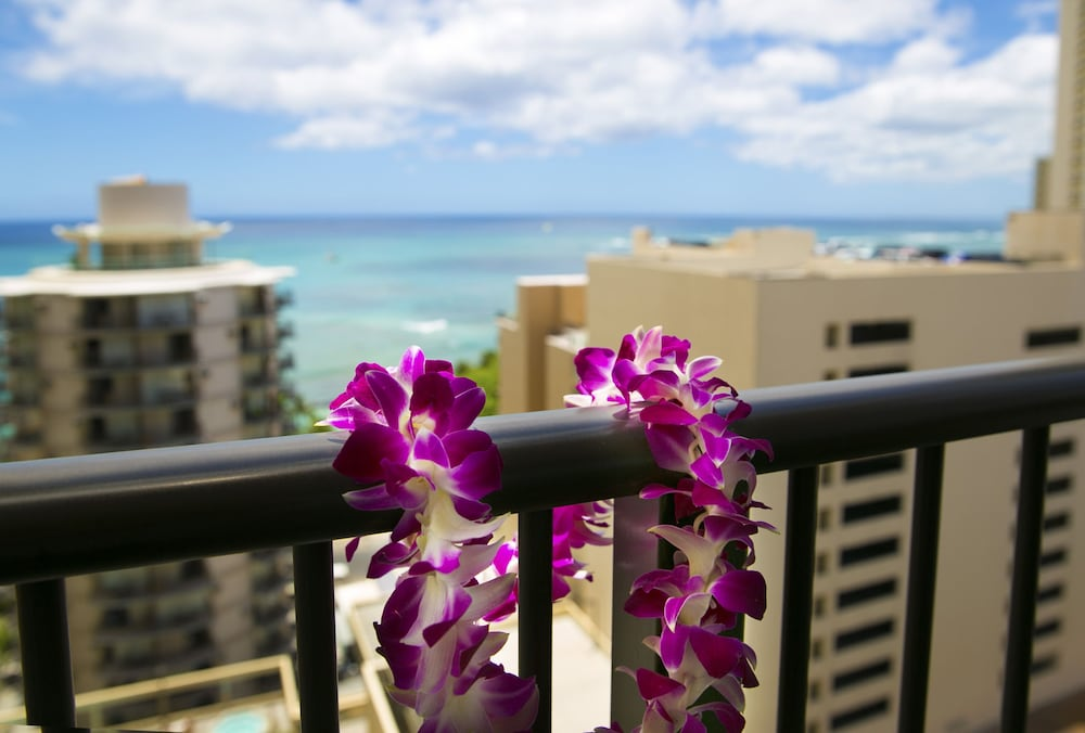 Balcony, Waikiki Resort Hotel