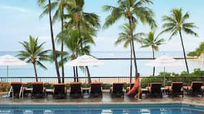 5 outdoor pools, open 8:30 AM to 6:00 PM, cabanas (surcharge)