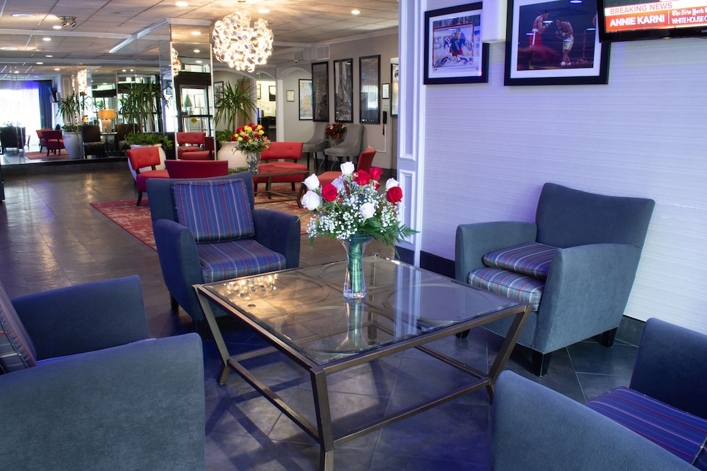 Lounge, Holiday Inn GW Bridge-Fort Lee NYC Area
