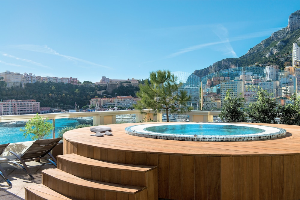 Outdoor Spa Tub, Hôtel de Paris Monte-Carlo