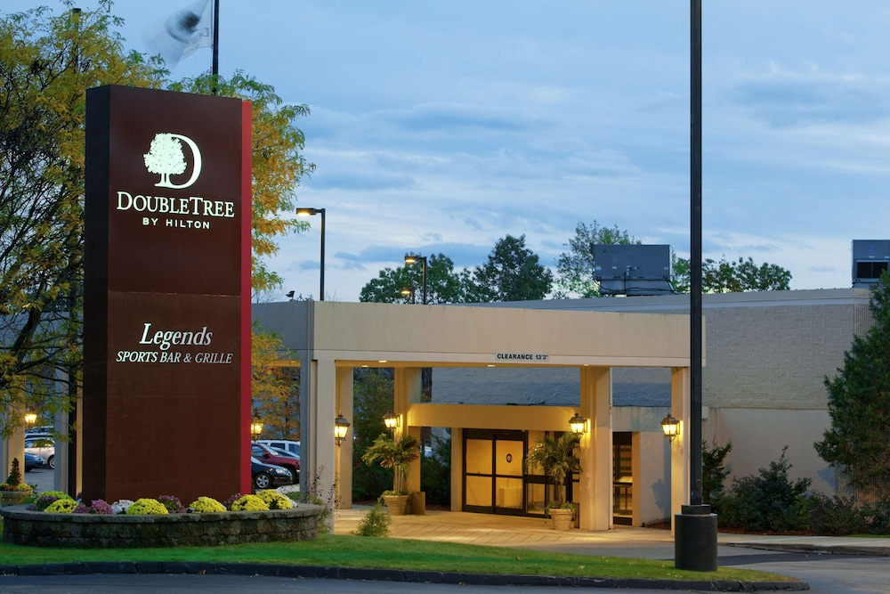 Exterior, DoubleTree by Hilton Boston - Milford
