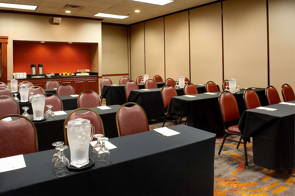 Meeting Facility, DoubleTree by Hilton Detroit - Dearborn