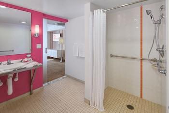 Flamingo Las Vegas Hotel Casino Las Vegas 35 Room Prices Reviews Travelocity