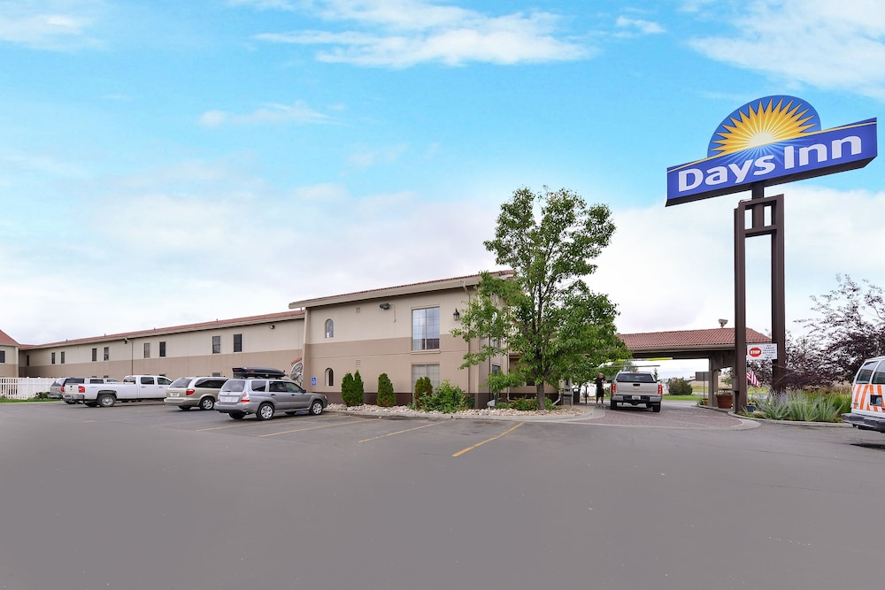 Exterior, Days Inn by Wyndham Casper