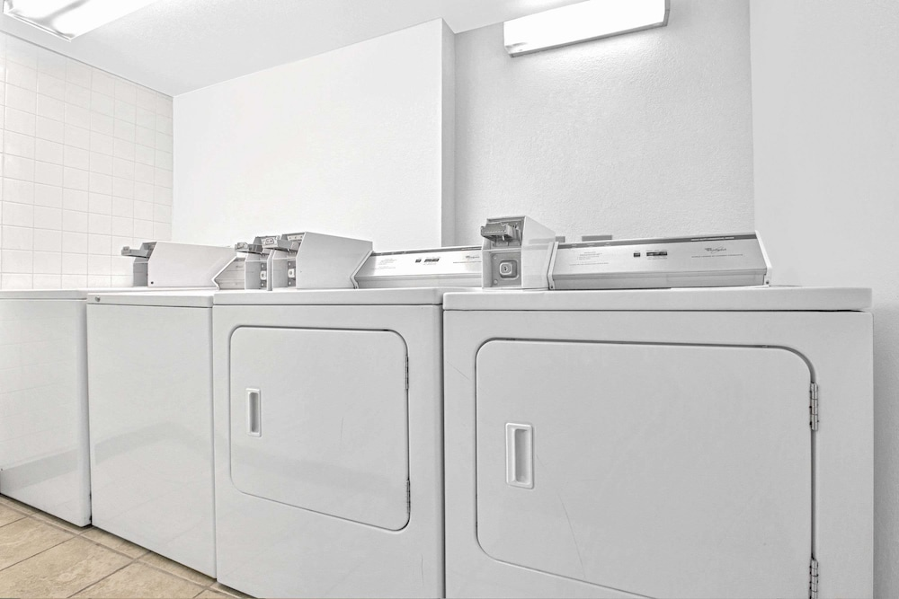 Laundry Room, Days Inn by Wyndham Casper