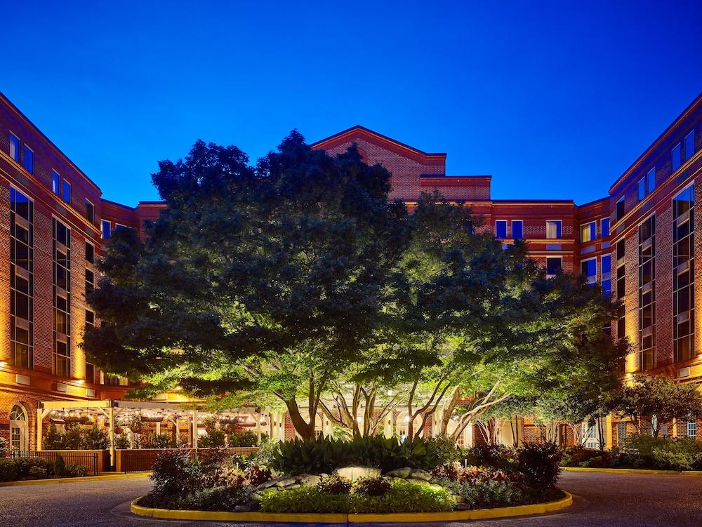Hotel Front Evening Night