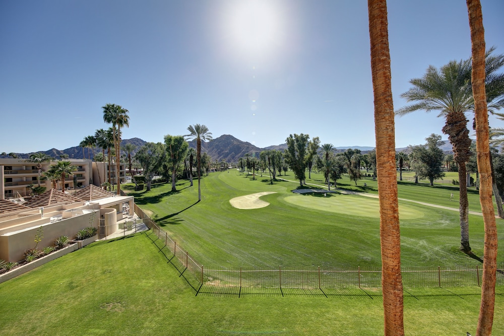 Golf, Indian Wells Resort Hotel