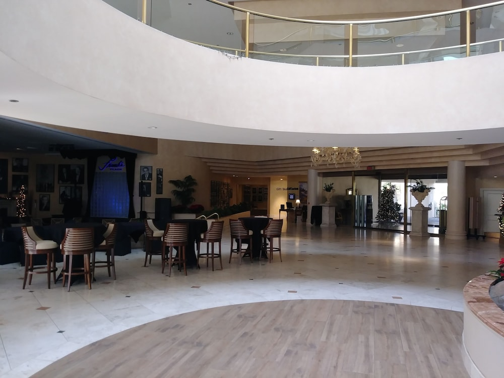 Interior, Indian Wells Resort Hotel