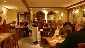 2 Restaurants, Frühstück
