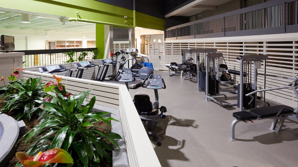Fitness Facility, Holiday Inn Burlington Hotel & Conference Centre, an IHG Hotel
