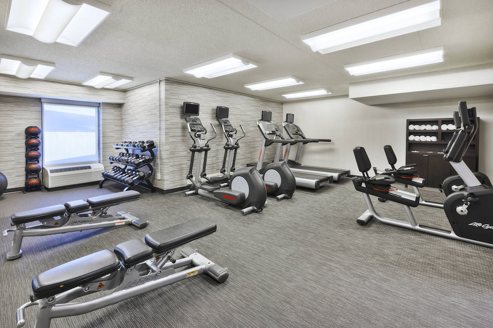 Fitness Facility, Courtyard by Marriott Secaucus Meadowlands
