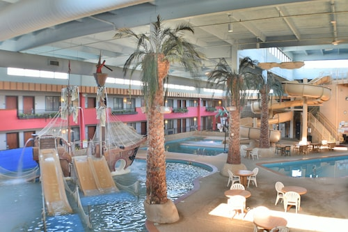 Ramada by Wyndham Sioux Falls Airport-Waterpark & Event Ctr