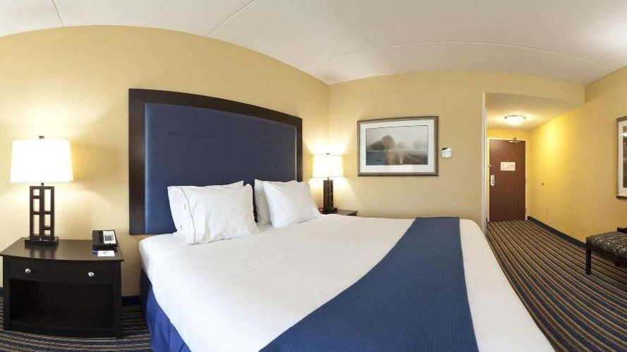 Room, Holiday Inn Express Hotel & Suites Wilmington-Newark