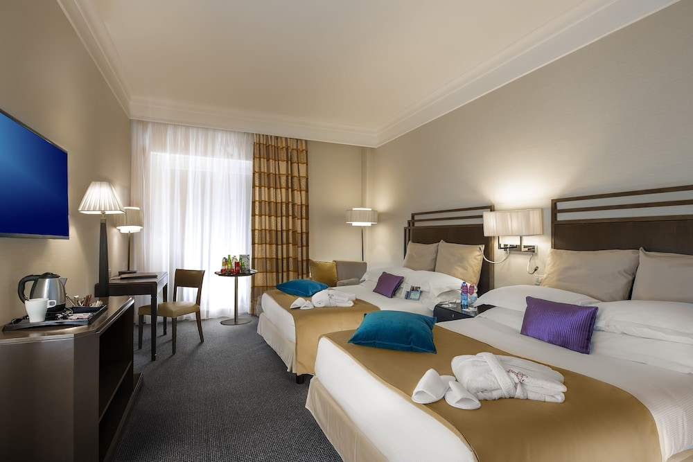 Room, Crowne Plaza Rome-St. Peter's Hotel & Spa