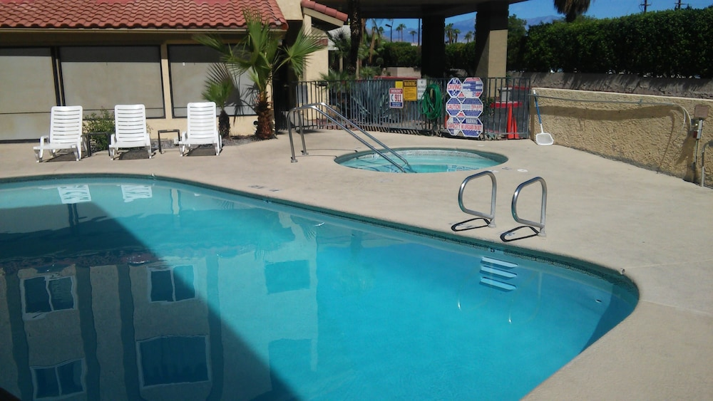 Red Lion Inn Suites Cathedral City Deals Reviews Cathedral City United States Of America