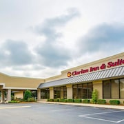 Clarion Inn & Suites Dothan South