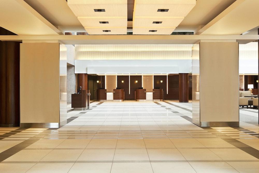 sheraton kansas city hotel at crown center 2019 room. Black Bedroom Furniture Sets. Home Design Ideas