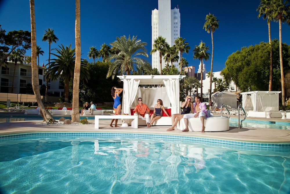 Outdoor Pool, Tropicana Las Vegas - a DoubleTree by Hilton Hotel