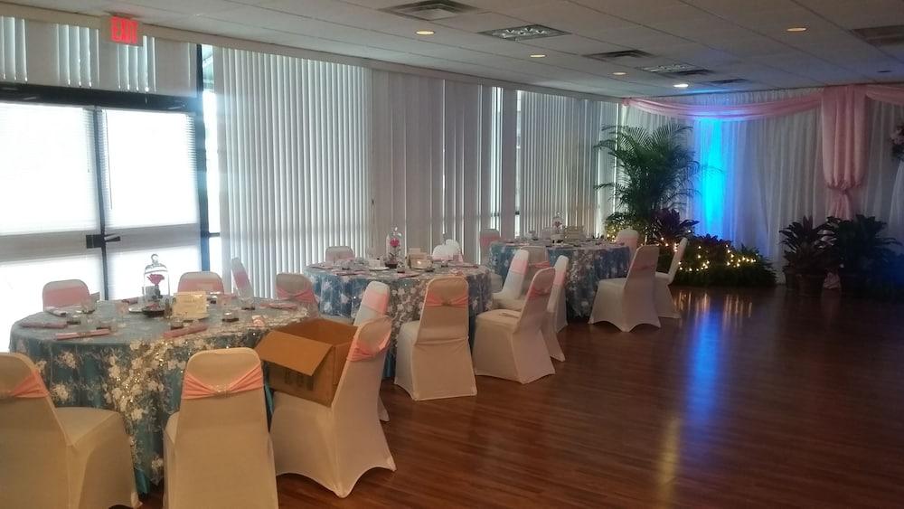 Winter Haven Gardens Inn And Banquet Center Deals