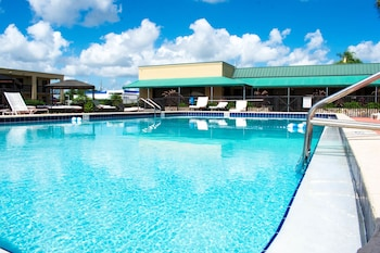 Winter Haven Suites And Conference Center In Winter Haven Fl