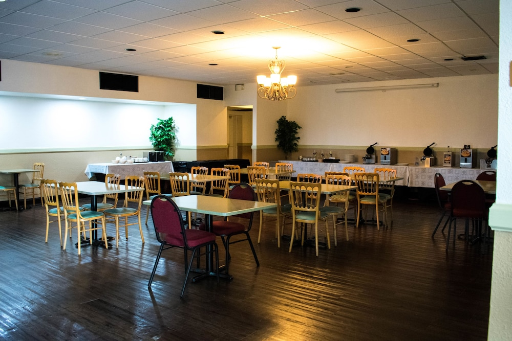 Winter Haven Gardens Inn And Banquet Center Deals Reviews Lakeland Winter Haven Usa Wotif